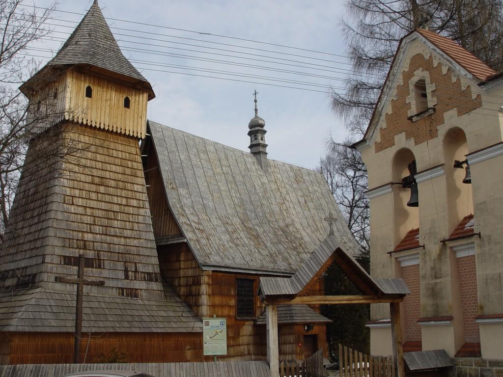 KOŚCIÓŁ PW. ŚW. MICHAŁĄ ARCHANIOŁA W BINAROWEJ, fot. K. Fidyk (MIK, 2006) CC BY SA 3.0